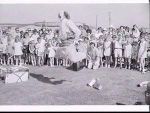 ICI ANZ children's Christmas party 1970, Matraville (?)