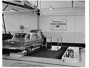 Opening of Broadway Motors, Ford dealers, by NSW Premier Heffron