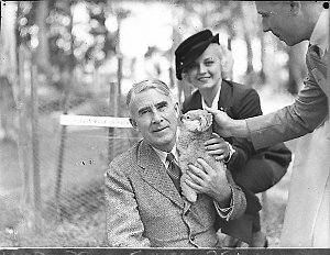 Zane Grey, Lillian Pertka & party at Koala Park
