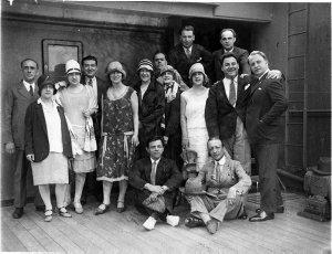 Gonsalez Opera Company arrives in Sydney