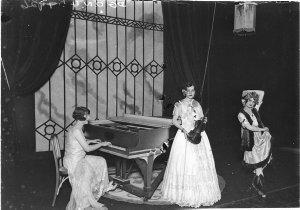 A female trio: pianist, violinist and dancer, Wentworth Hotel