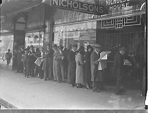 Queue at Nicholson's for tickets to Yehudi Menuhin concert
