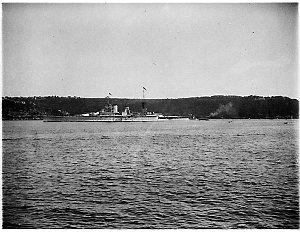 "The royal yacht HMS ""Renown"""