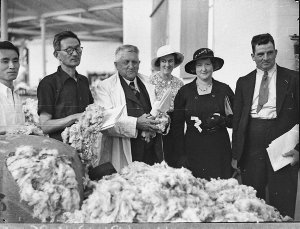 Japanese wool buyers