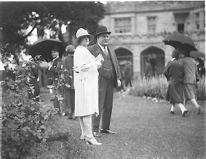 """Bill and Mrs Szarka at Government House (""""Bill was known as 'The King of Newtown'"""" Ted Hood, 16/3/1988)"""