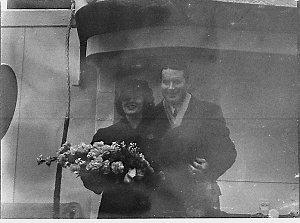 Arrival of Lloyd Hughes (taken for British Empire Films)