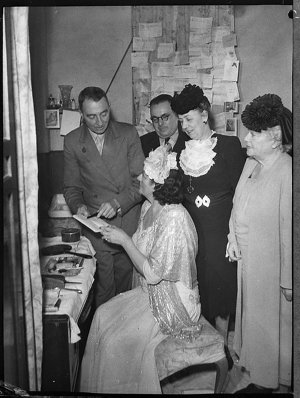 Backstage with Gladys Moncrieff, Lady Fuller, Mr Bailey (taken for Union Theatres)