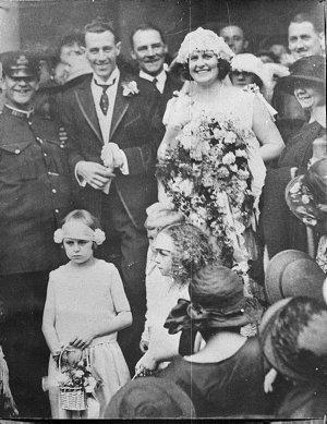 Gladys Moncrieff's wedding to Thomas Henry Moore
