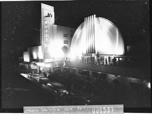 A night picture of the opening of the Minerva Theatre (taken for Building Publishing Co)