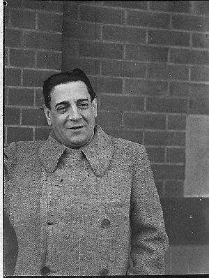 Arrival of Tito Schipa from Melbourne (taken for J.C. Williamson)