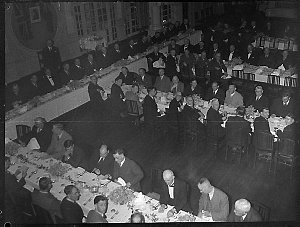 Country Party dinner to Mr Munro, Wentworth Hotel