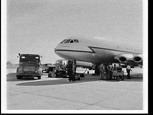 Refuelling RAF De Havilland Comet II jetliner at Richmond Air Force Base