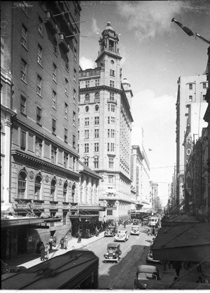 Castlereagh Street at King; (Ushers Hotel, St James Theatre, Theatre Royal)