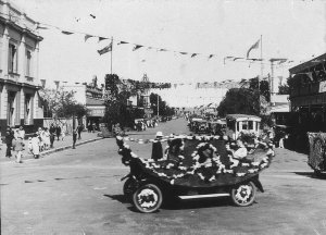 """""""Back to Cootamundra week"""" 1926. Winning entry in procession was Edgar Conkey's Gondola. Photo taken on corner of Wallendoon and Parker Streets - Cootamundra, NSW"""