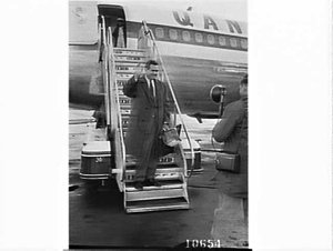 Arrival of television star Raymond Burr who played Perry Mason in the television series, Mascot