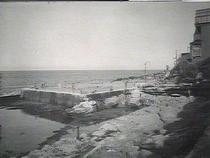 Bondi Beach: swimming baths