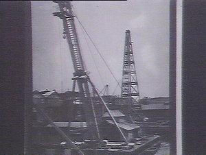 Shear leg & pile driver pontoon at 2 & 3 Walsh Bay