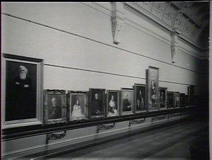 Art Gallery: interior