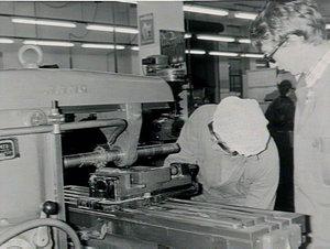 Apprentices Trevor Franklin & Les Sweet at Capitol Motors