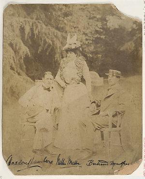 Dame Nellie Melba with C. Haddon Chambers, Australian dramatist, and Edgar Bertram Mackennal, Australian sculptor, circa 1900