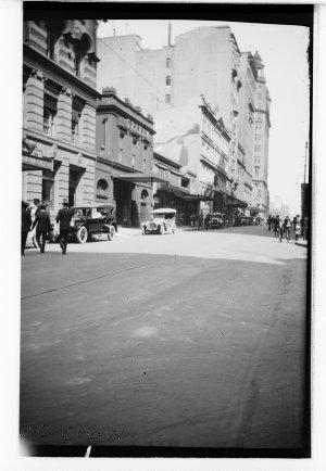 Item 31: Castlereagh Street, 1921-1925 / photographer E.G. Shaw