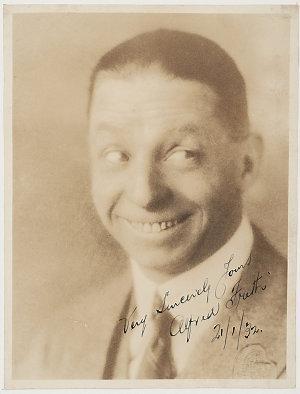 Alfred Frith, comedian - portrait, 1932 / H.Golden, 104 Hanover St., Boston