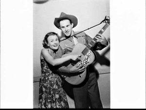 Country singer Reg Lindsay and Joan Clarke on the Hour of Song radio program, 2UW Radio Theatre