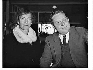 Conductor Charles Mackerras and his wife Judy, Mascot