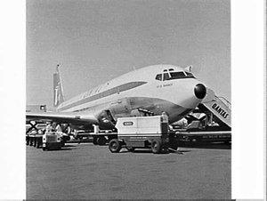 New Qantas Boeing 707 City of Parramatta, Mascot