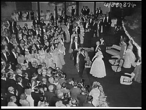 Elizabeth the Queen Mother attends a State Reception at the Sydney Town Hall