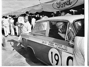 Working on a car in the pits, Armstrong 500, Bathurst