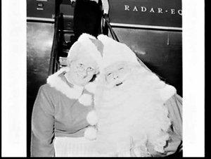 Mr. & Mrs. Doan, American Santa Claus and Mrs. Claus, Mascot