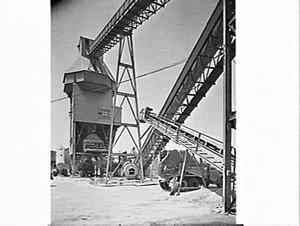 Concrete loader and conveyor, Pioneer Concrete, Aexandria
