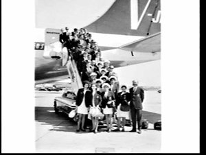 Australian Athletics Team leaving for the first Pacific Conference Games, Mascot Airport