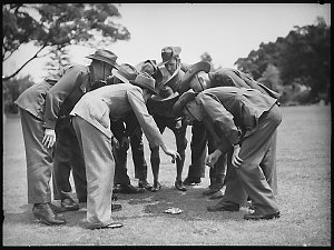 Diggers party series (2-up), 24 December 1940 / photographed by Ray Olson