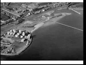 Aerial photograph of waterfront area of Sydney