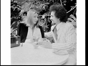 Babette Cashman and hairdresser at an open-air restaurant (Eliza's ?), Double Bay