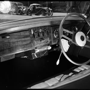 File 268: Cars, radios, and aerials at Petersham ; Jaguar, Dodge, Vauxhall, Morris, and Nash, ca. 1951 / photographed by Max Dupain