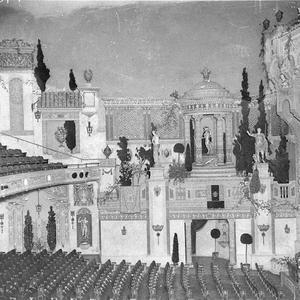 The eastern side of the auditorium, showing dress-circle, stalls, proscenium and Wurlitzer organ console, Capitol Theatre