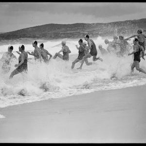 [Surf lifesavers], 20 January 1942[?]