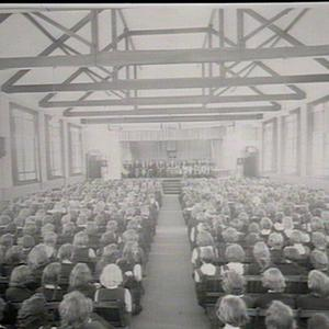 Hornsby Girls High School: assembly hall