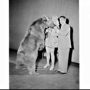 'Edith Crocker and her Performing Bears' assisted by George Barnes
