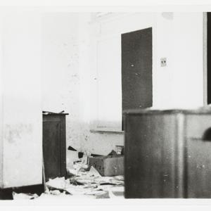 Sir Hudson Fysh - bombing of Darwin; Australian and South East Asian War and Postwar photographs, 1939-1946