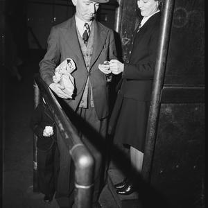 Women porters, 14 September 1942