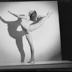 Barbara Blane. Ballet Dancer at the Tivoli. Shadow Dancer, 5 January 1939 / photographed by Ray Olson